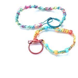 Set of 2 kids friendship bracelets!
